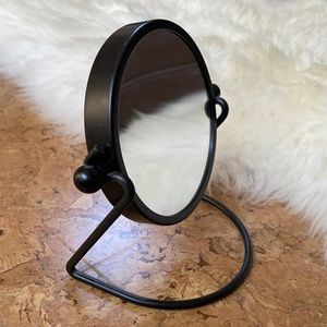 """4"""" two-sided mirror"""